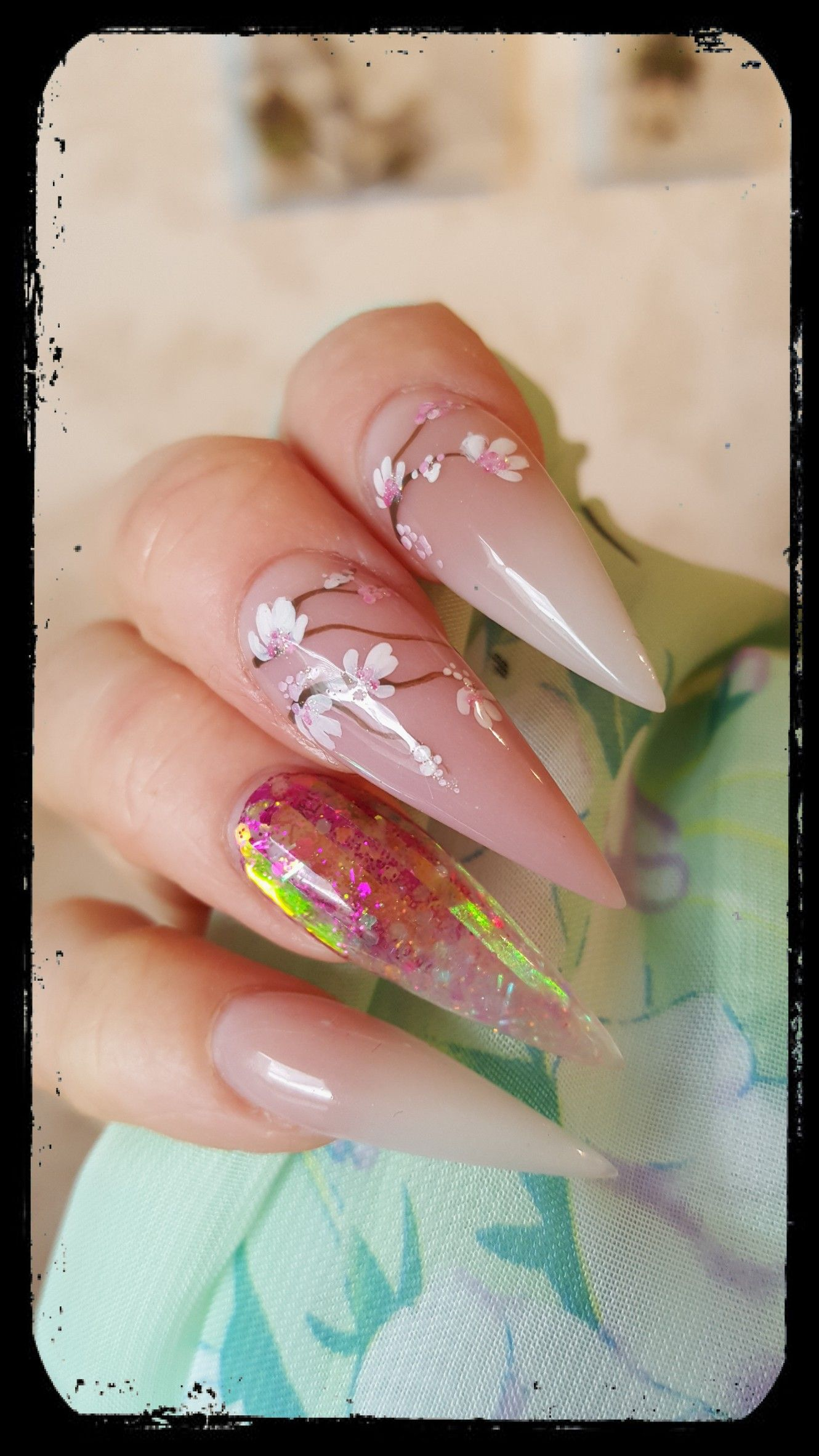 Tammy Taylor Whitest White, Fresh Pink, handpainted flowers. - Elin ...