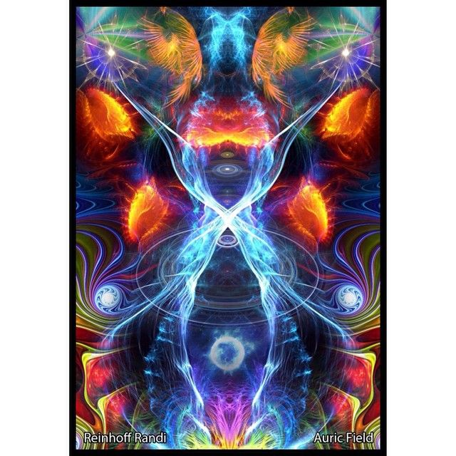 New piece for a client. Energy portrait by Alex Fitch. Contact me if interested in ordering your own for the holidays! #auricfield #psychedelicart #psychedelic #trippy #art #digitalart #digitalpainting #visionaryart #sacredgeometry #dmt #awakening