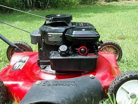How To Replace Briggs Lawnmower Primer Bulb Youtube