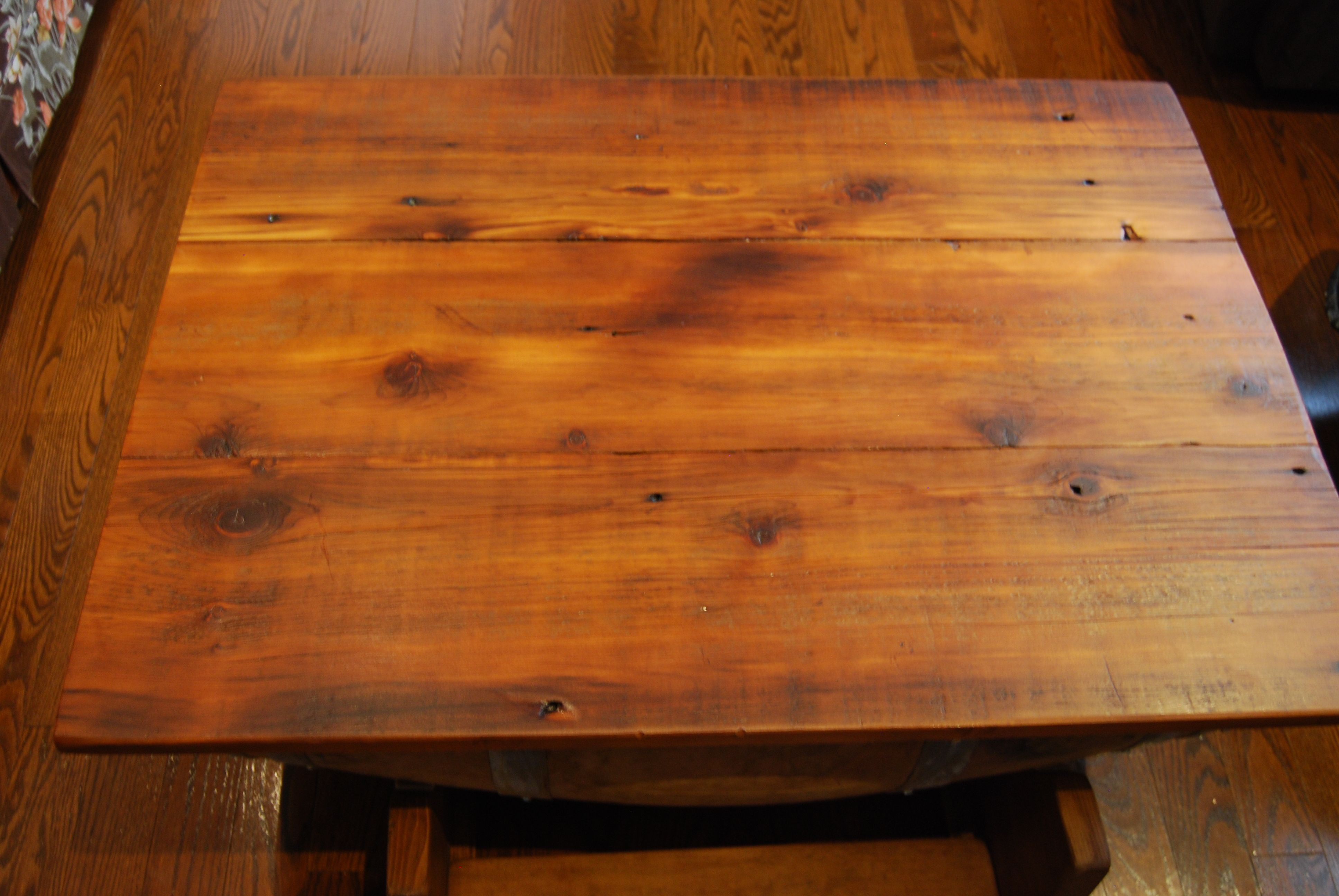 How Beautiful Is This 1820u0027s Barn Board Table Top? It Adds So Much  Character To