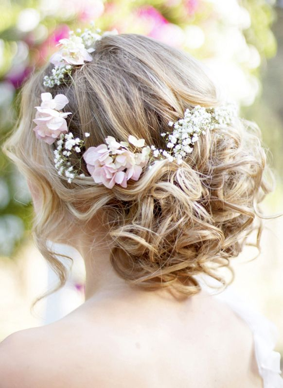 Chic Wedding Hair Loose Curl Updo
