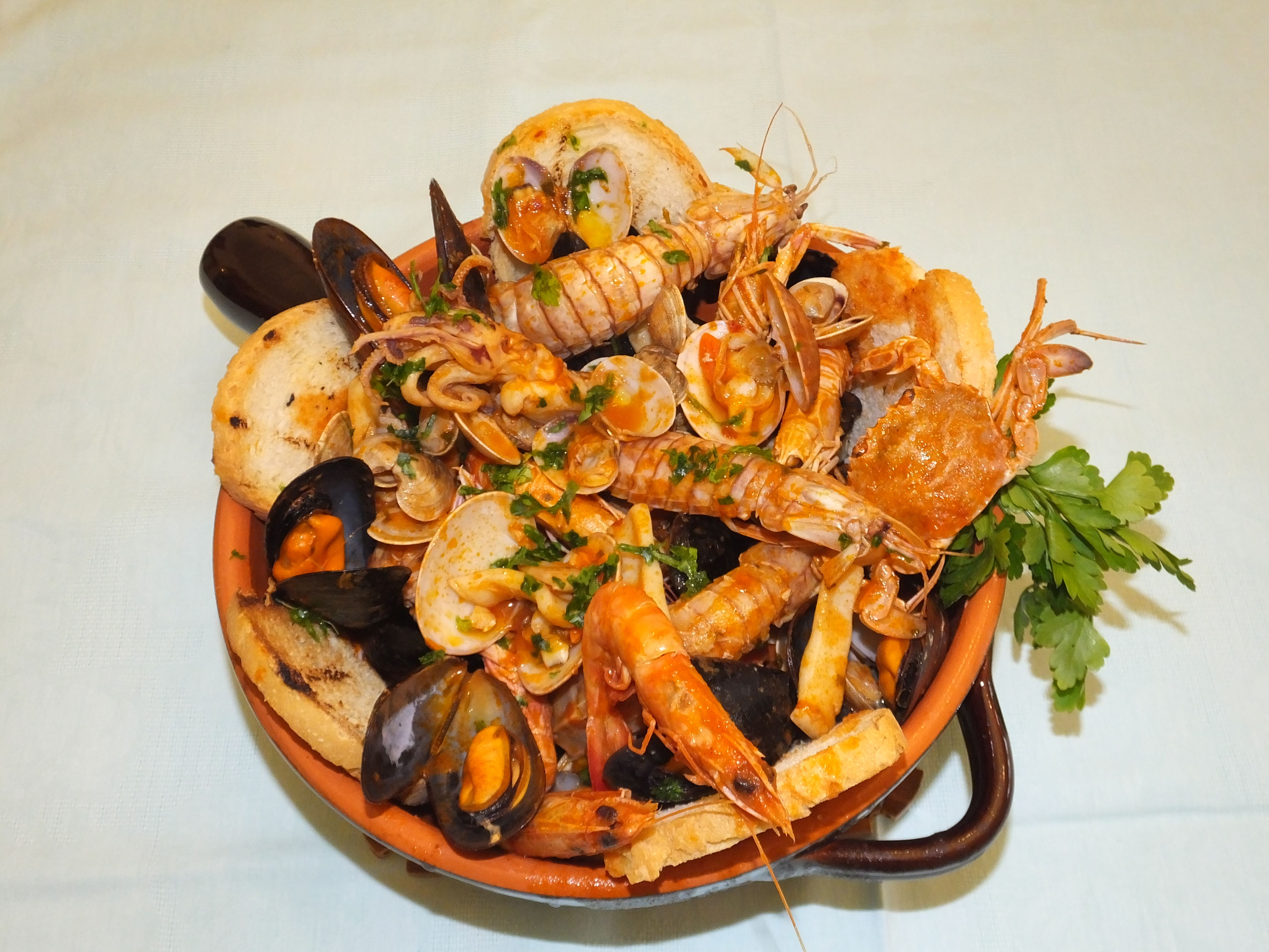 Pignatta Di Molluschi E Crostacei La Cucina Di Rossella Cibo Etnico Ricette Crostacei