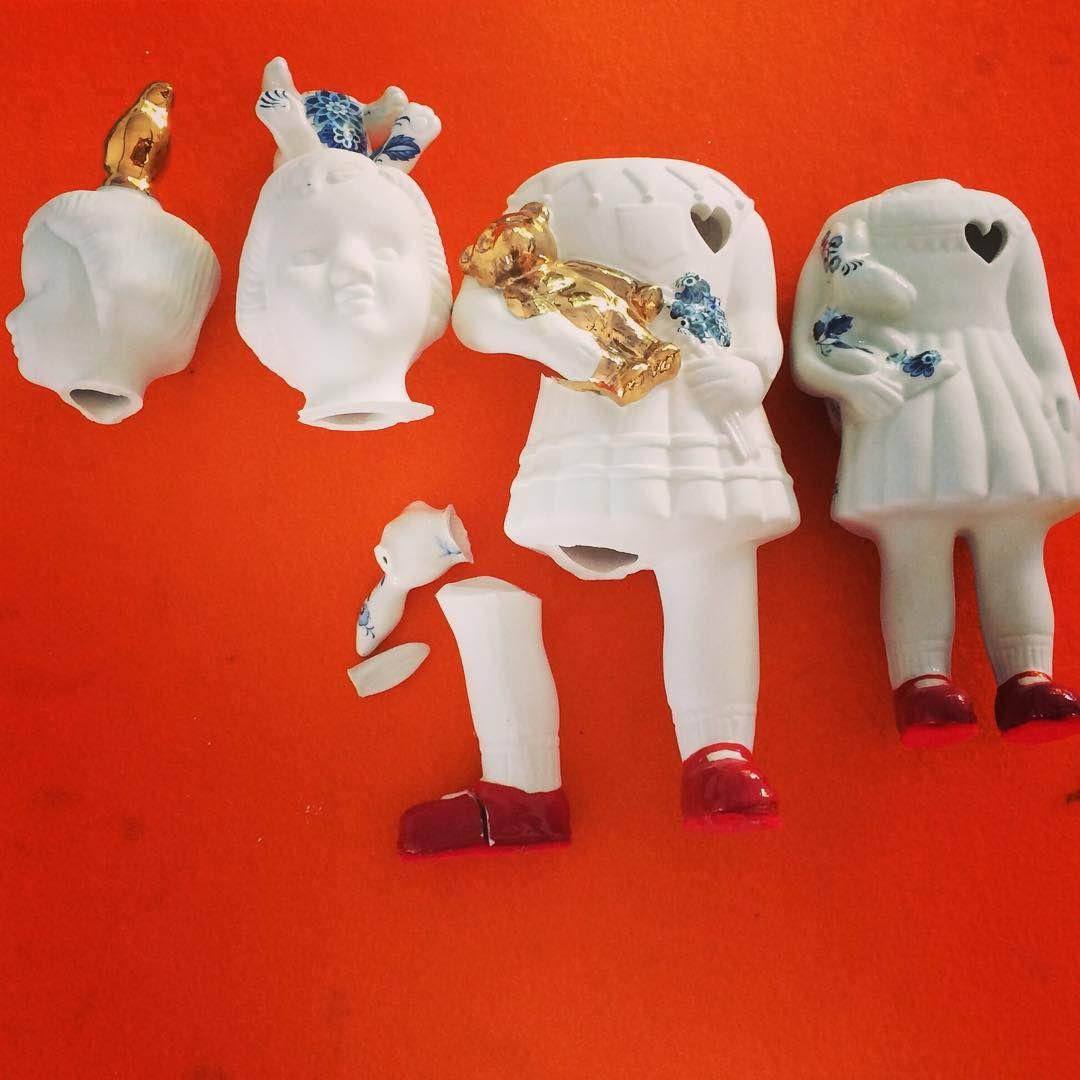 Broken porcelain Clonette dolls by Lammers en Lammers. Madame Castafiore, Cologne www.madamecastafiore.de