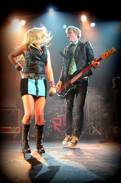So much awesomeness in just one picture.... #riker #rydel #r5