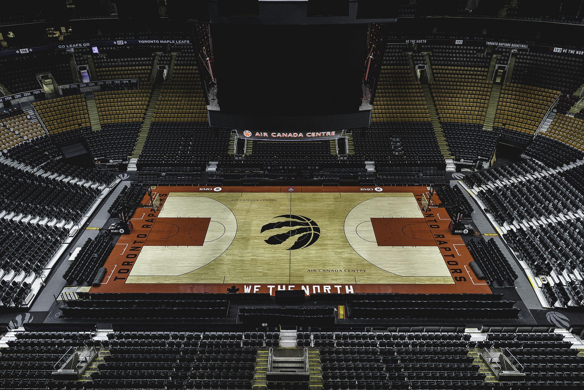 Home court Air canada centre, Day, Basketball