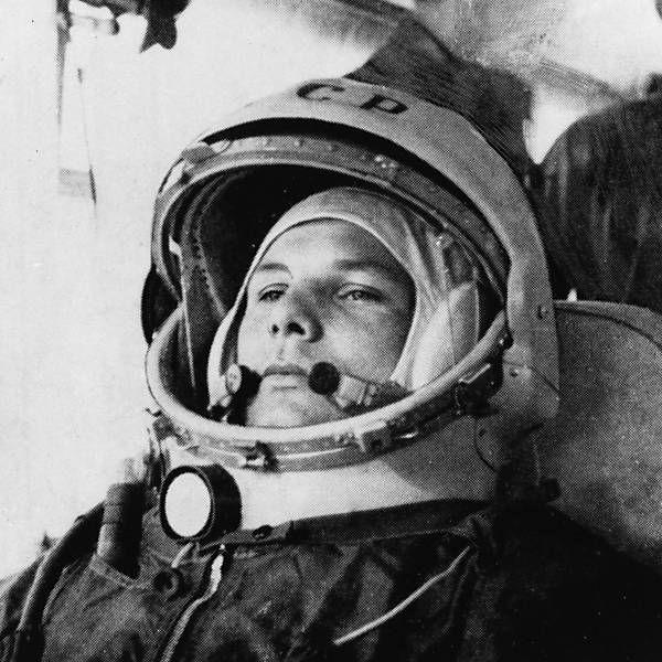 O cosmonauta já vestido em seu traje espacial antes da viagem histórica ao espaço em 12 de abril de 1961