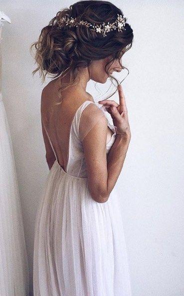 Featured Hairstyle: Ulyana Aster; www.ulyanaaster.com; Wedding hairstyles ideas. #coiffure