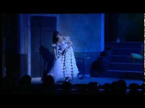 """Je suis un peu grise"", scene from ""La Périchole"" by Jacques Offenbach, directed by Jerome Savary."