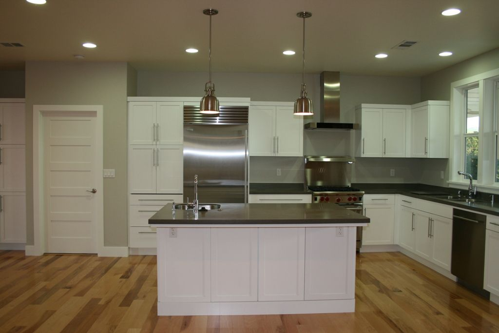 country kitchen from a g j gardner homes custom home custom kitchens custom homes home on j kitchen id=59521
