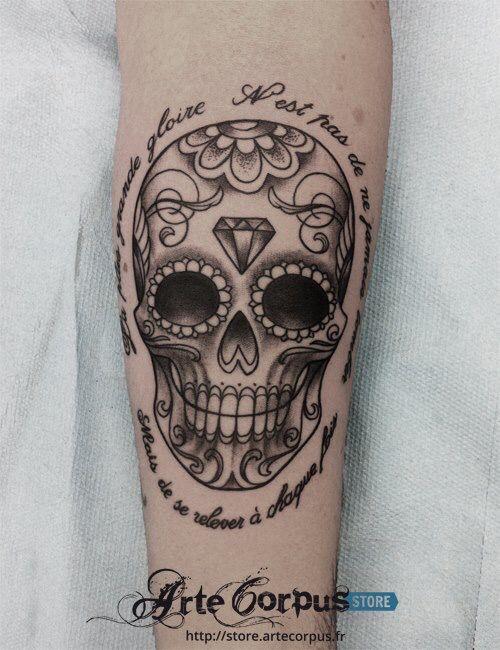 tatouage tete de mort mexicaine noir et blanc. Black Bedroom Furniture Sets. Home Design Ideas