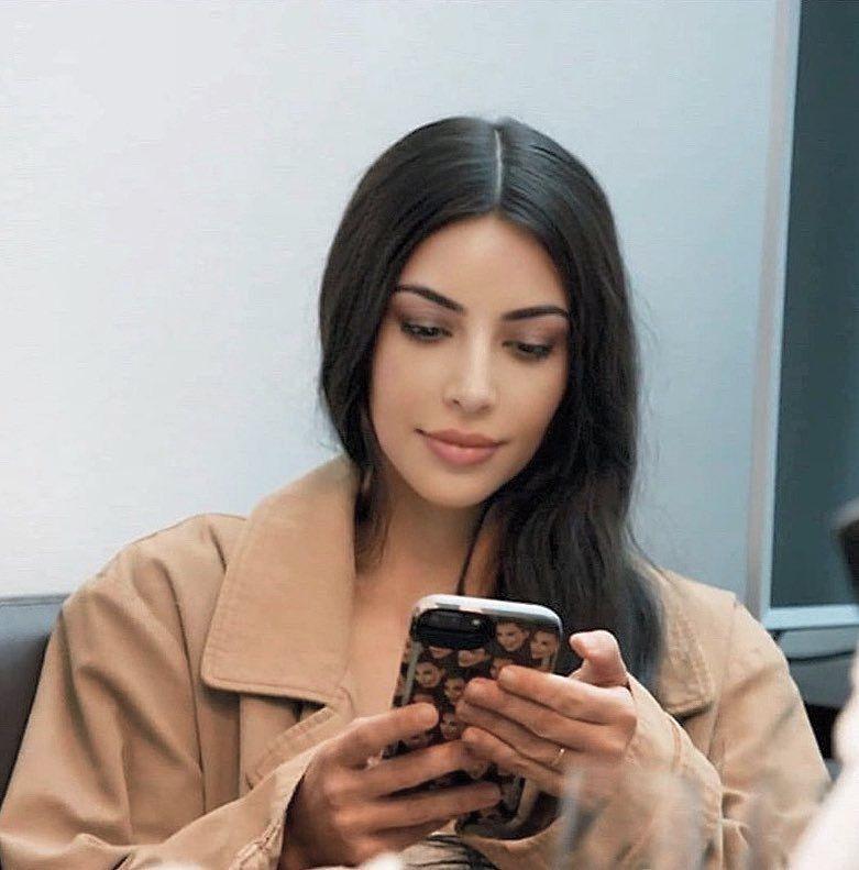 ⚠️ Q u e e n | Pinterest Melonpopin📮 | Kim kardashian makeup, Kim  kardashian, Kardashian