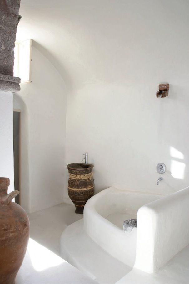 White greek moroccan ethnic style concrete bathroom round for Greek style bathroom design