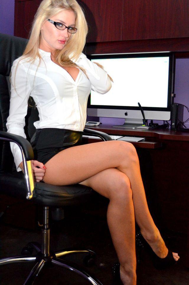 Secretary slut pics