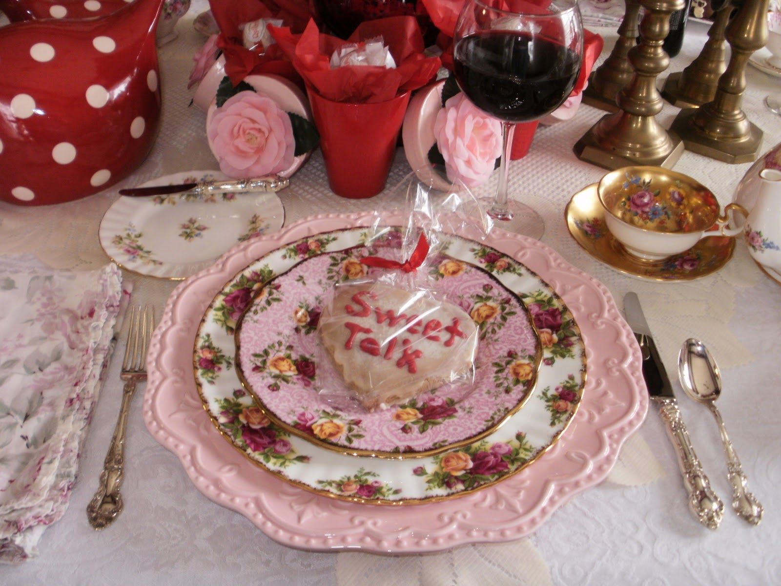 Pink Old Country Roses   Pink Chargers, Royal Doulton Old Country Rose  Dinner Pattern,