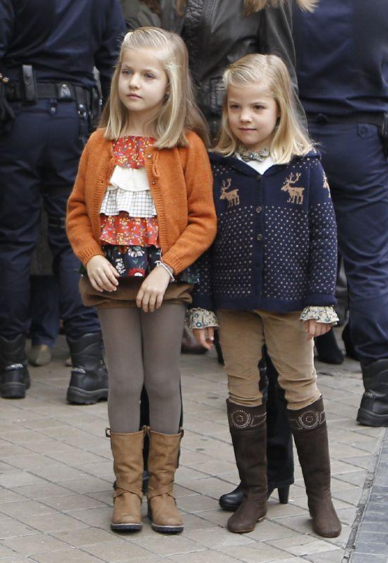 Leonor Y Sofia De Borbon Y Ortiz Moda Infantil Princesse Roi Y Fils