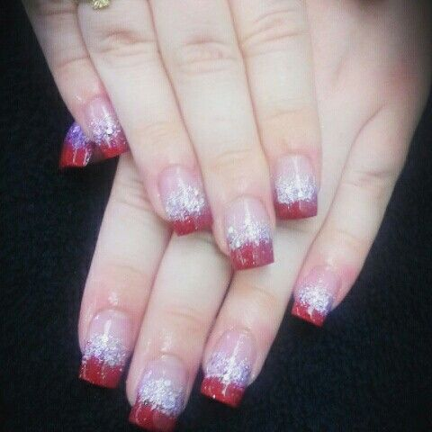 Nails by Elizabeth Planes Sooke B.C