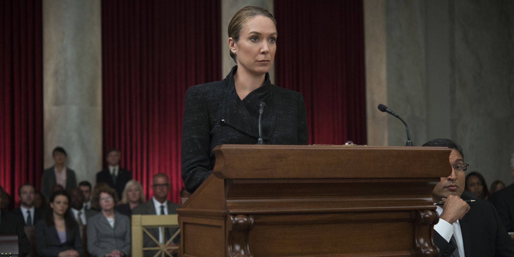 Frank S Biggest House Of Cards Foe Was Modeled On The Clintons Heather Dunbar House Of Cards Elizabeth Marvel
