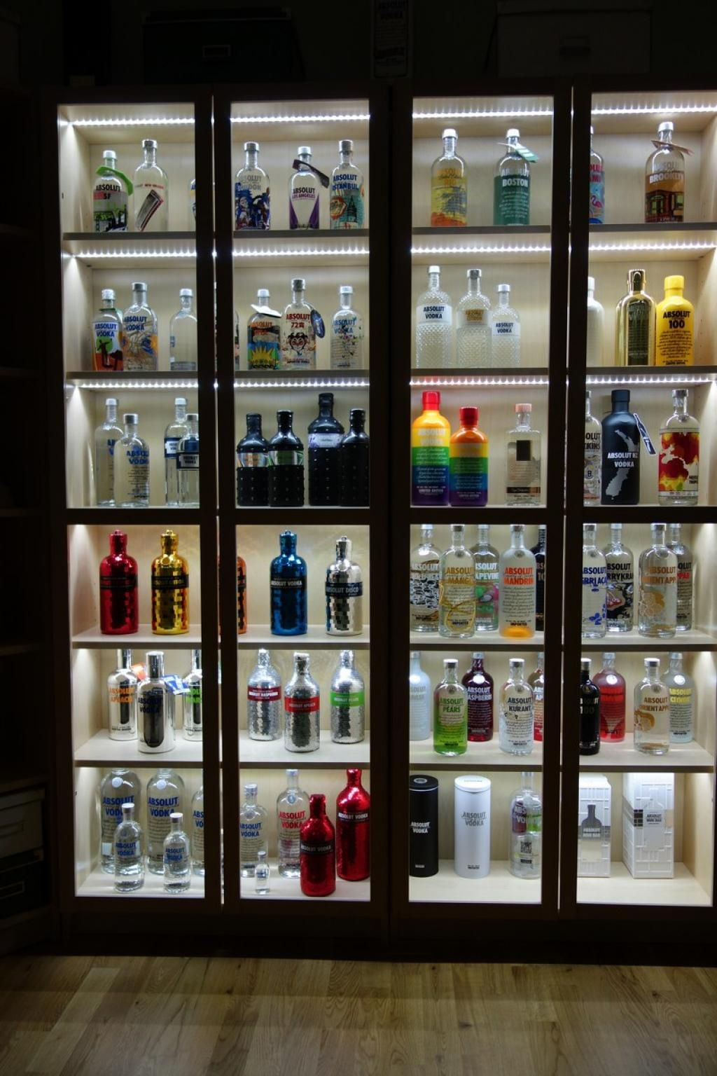 Absolut vodka Forum :: Ikea Billy bookcase + LED = Display for ...
