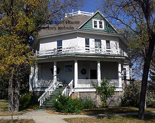 Ellendale North Dakota Octagon House Built About 1910 Located At