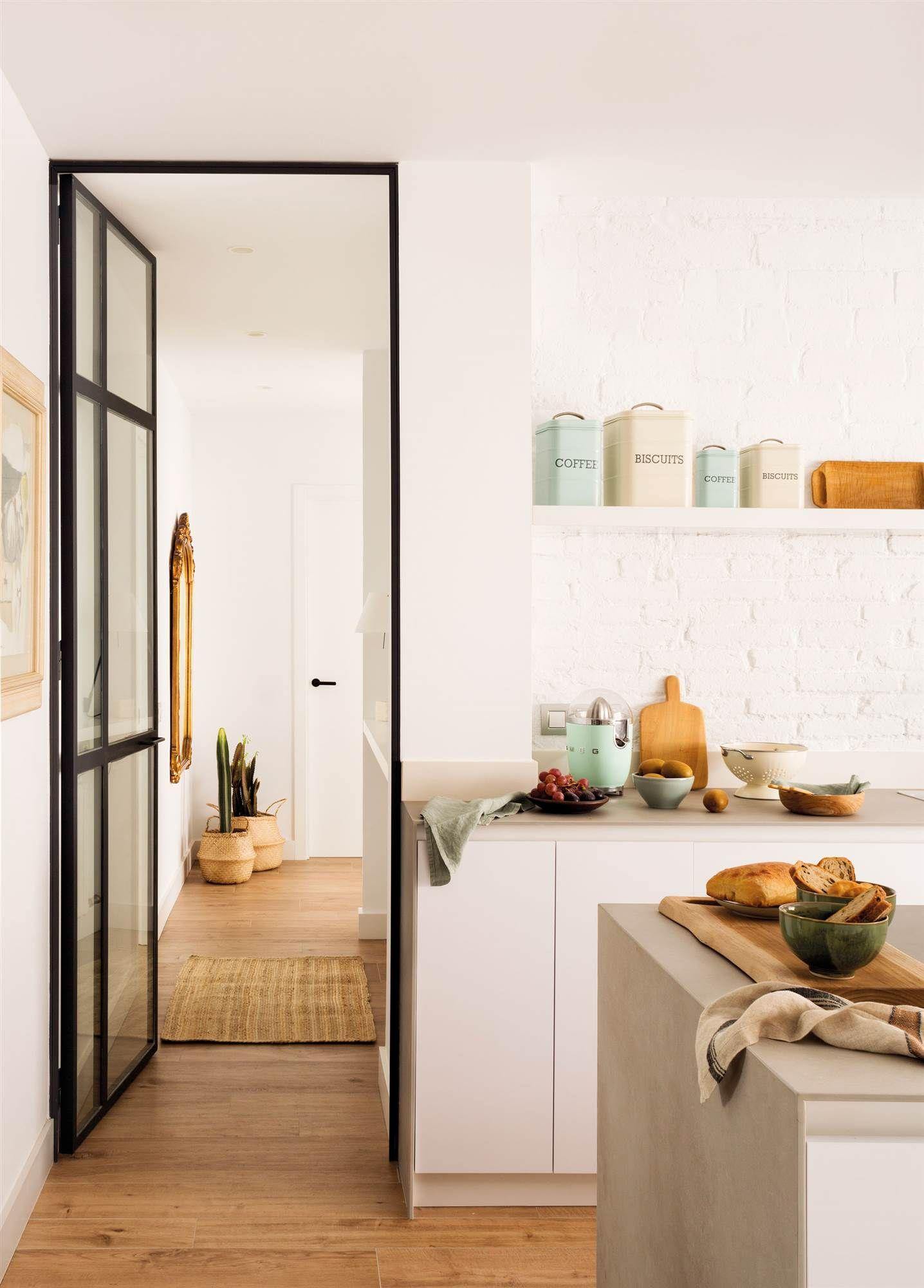 Cierra la cocina que siempre hay cosas por medio en - Puertas de cristal para interiores ...