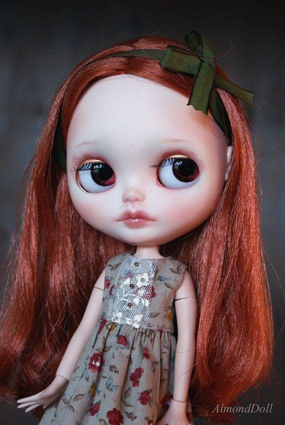 Last one Autumn Delight Blythe doll dress handmade par AlmondDoll