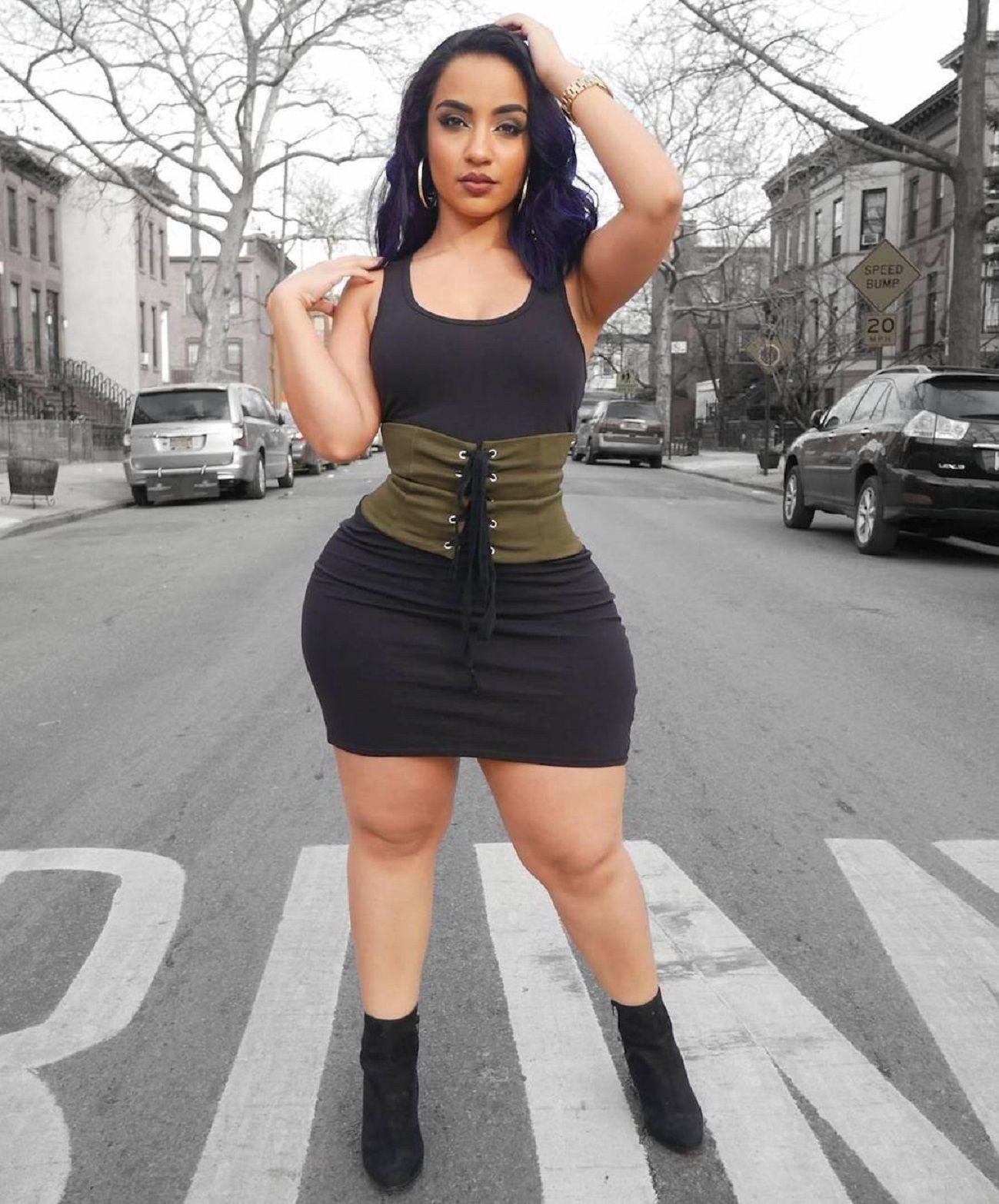 kendra kissedbyken big booty | girls & cars | pinterest | curvy
