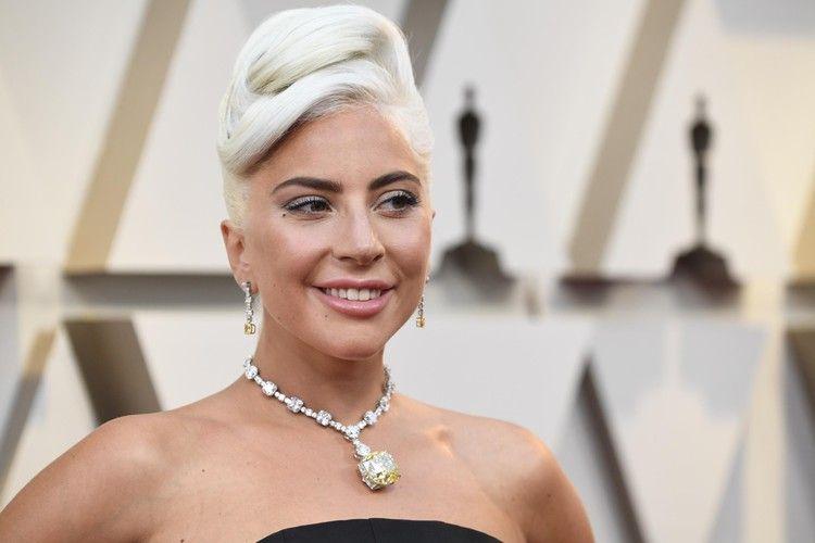 Lady Gaga Plans To Fund More Than 160 Classroom Projects In El Paso Dayton And Gilroy Cnn Lady Gaga Lady Gaga