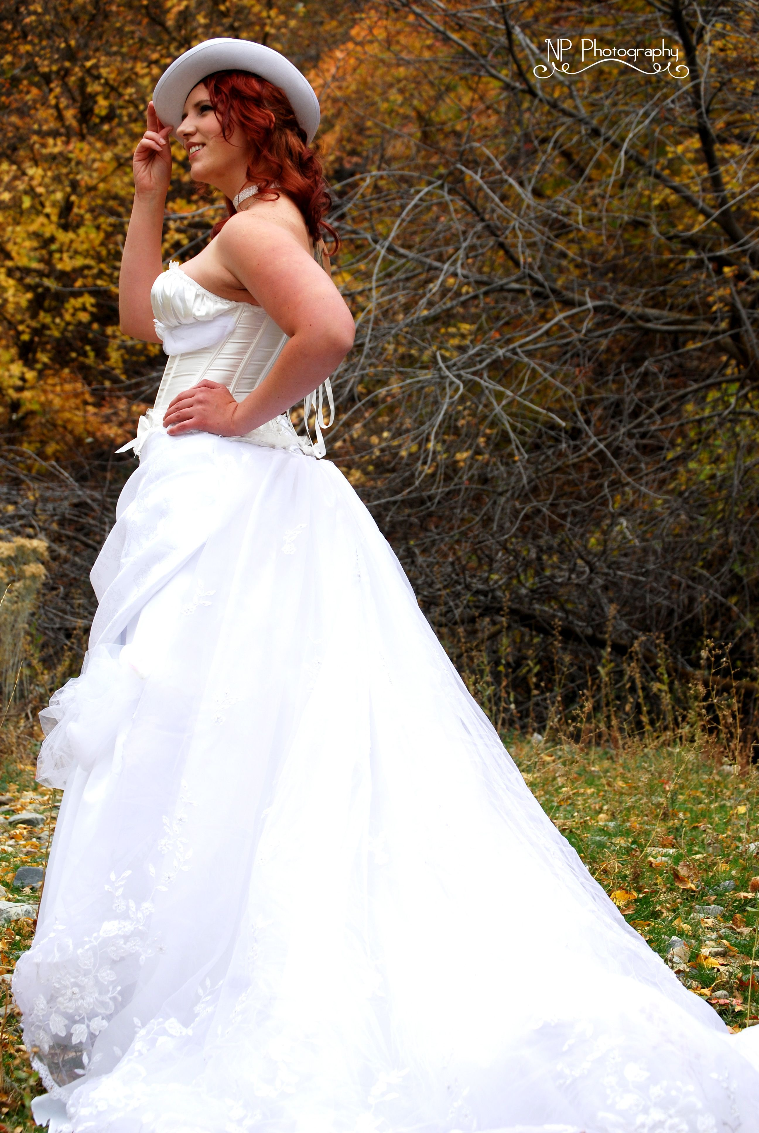 Steunk Wedding Dress White Gown Train Top Hat: Cool Steam Punk Wedding Dresses At Websimilar.org