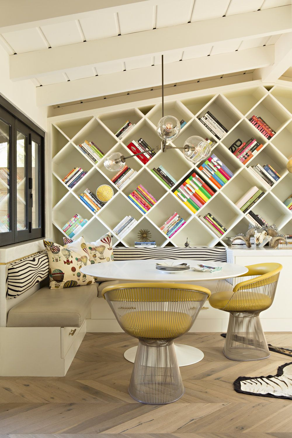 Del Mar Residence Projecttreehouse Residentialdesign Interiordesign Custom Color Bookcase