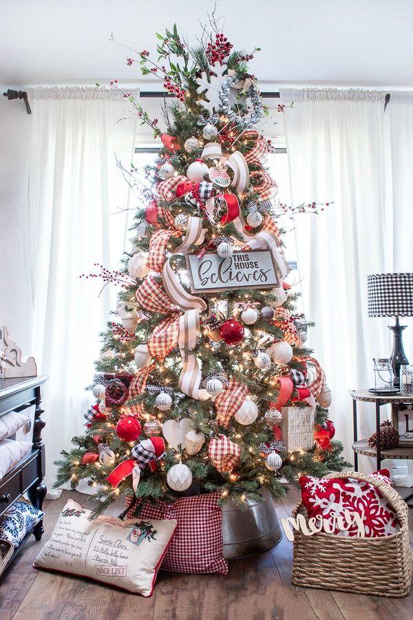 60 Chic Christmas Tree Decorating Ideas That Will Bring Cheer The Chri Christmas Tree Inspiration Red Christmas Decor Christmas Decorations Rustic Tree