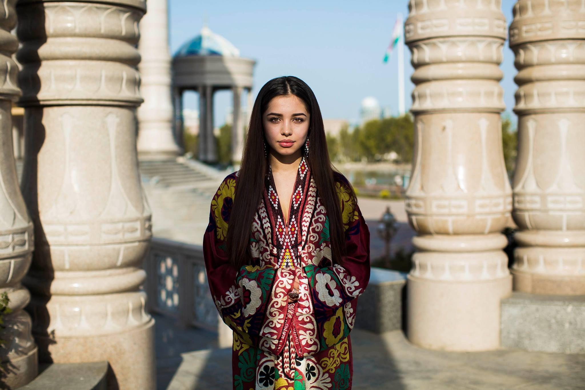 Картинка девушки на таджикистан
