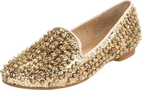 Steve Madden Women's Studlyy Flat - http://shoes.goshopinterest.com/womens/flats/steve-madden-womens-studlyy-flat/