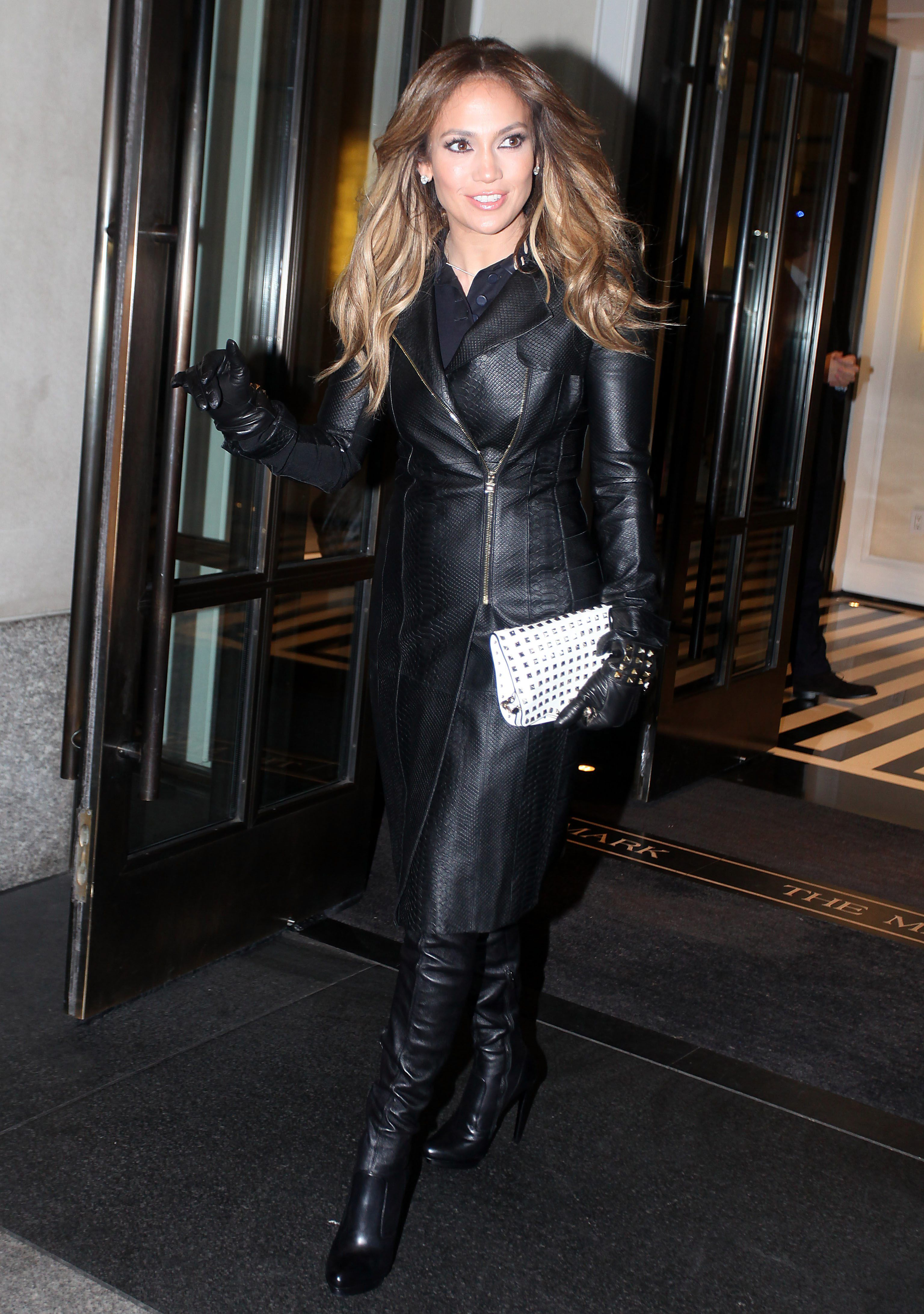Ladies in leather gloves and boots - Celebrities In Boots Gloves Jennifer Lopez In Valentino Leather Gloves And Over The Knee Boots New York City