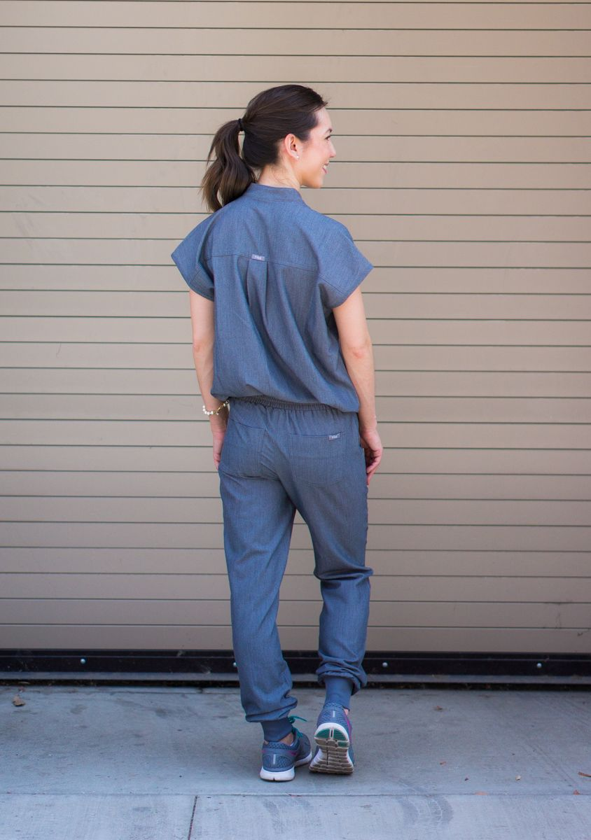 9a758a403eb Honest Wear FIGS scrubs review | Zamora Jogger Scrub Pant | Rafaela  Mandarin Collar Scrub Top | FIGS 20% off coupon code | Best jogger pants  for women ...