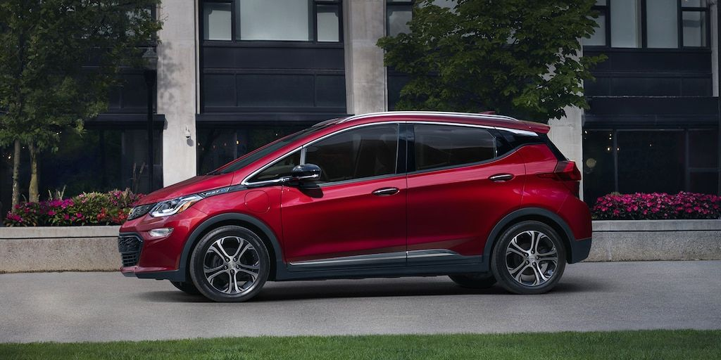 2020 Bolt Ev Electric Car Exterior Photo Side Profile In 2020 Chevy Bolt New Chevy Chevrolet Volt