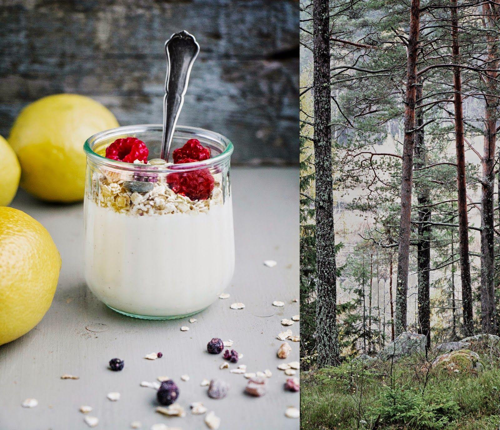 Evelinas Ekologiska: Bärmüsli med Citron & Vanilj-yoghurt