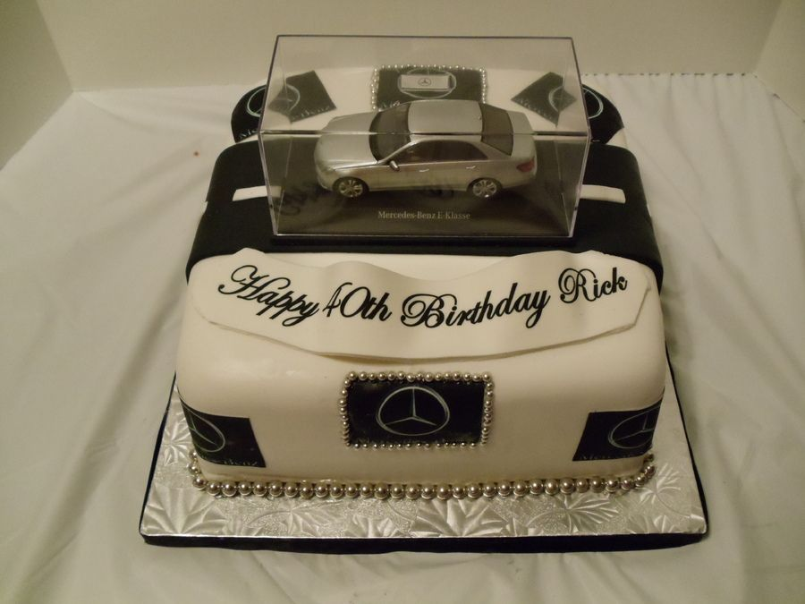 Benz car in a glass cake mercedes benz cake 7th birthday for Mercedes benz cake design