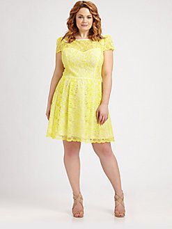 Yellow lace dress size 18