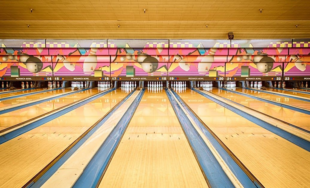 Pickwick Bowling Center - Burbank, CA - Bowling Centres on ...