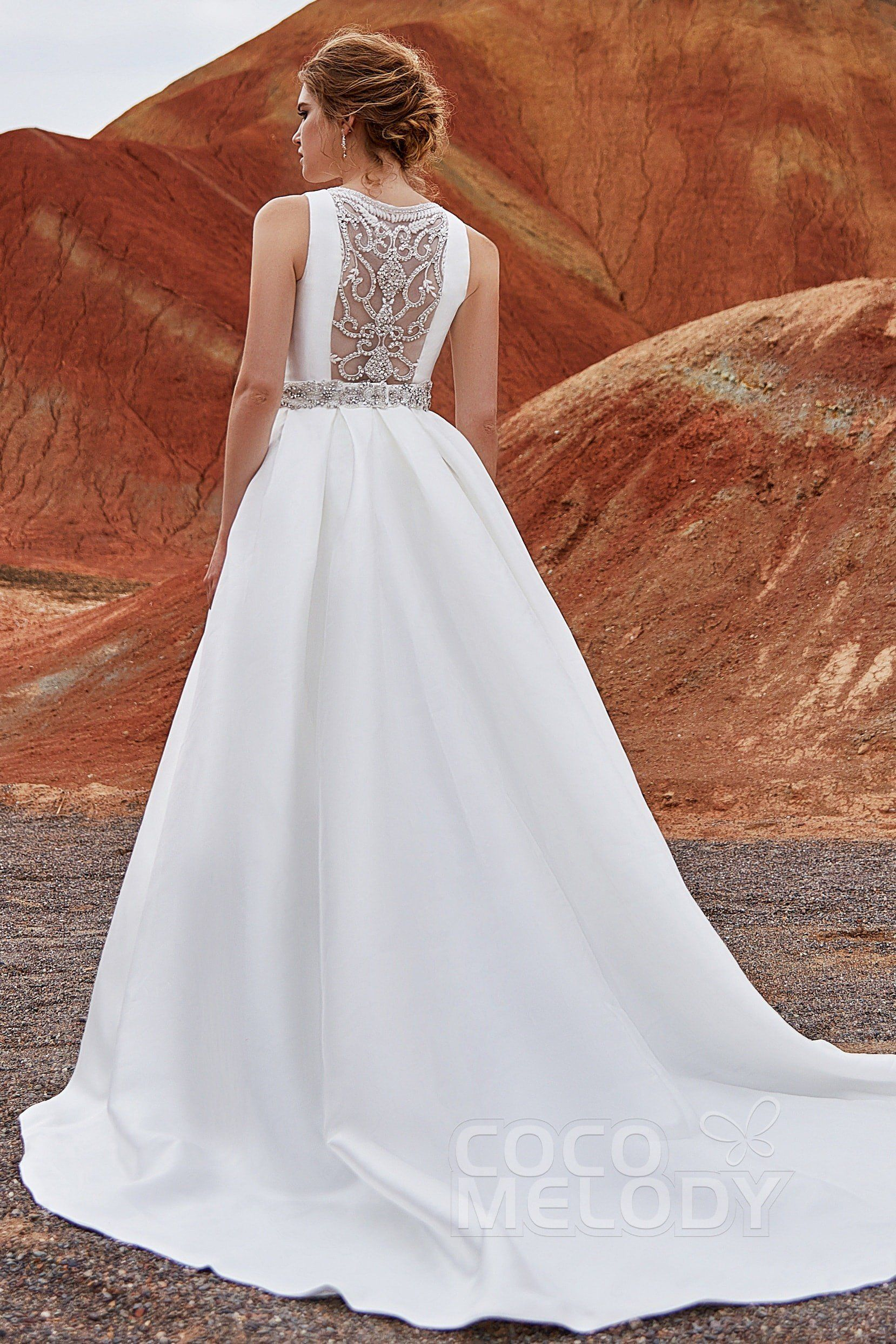 Usd 699 A Linetrain Satin Side Zipper Wedding Dress Ld3845 Wedding Gown Guide Wedding Dresses Unconventional Wedding Dress [ 2486 x 1658 Pixel ]