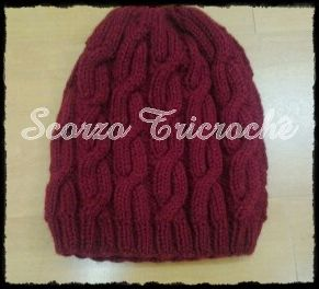 Scorzo Tricroche: Touca Mod Cables Slouchy Hat