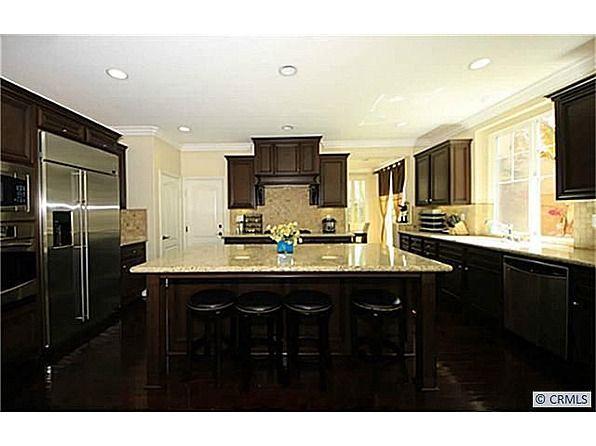 522 S Primrose St La Habra Ca 90631 Zillow Kitchen Plans Dream House Decor Home Kitchens