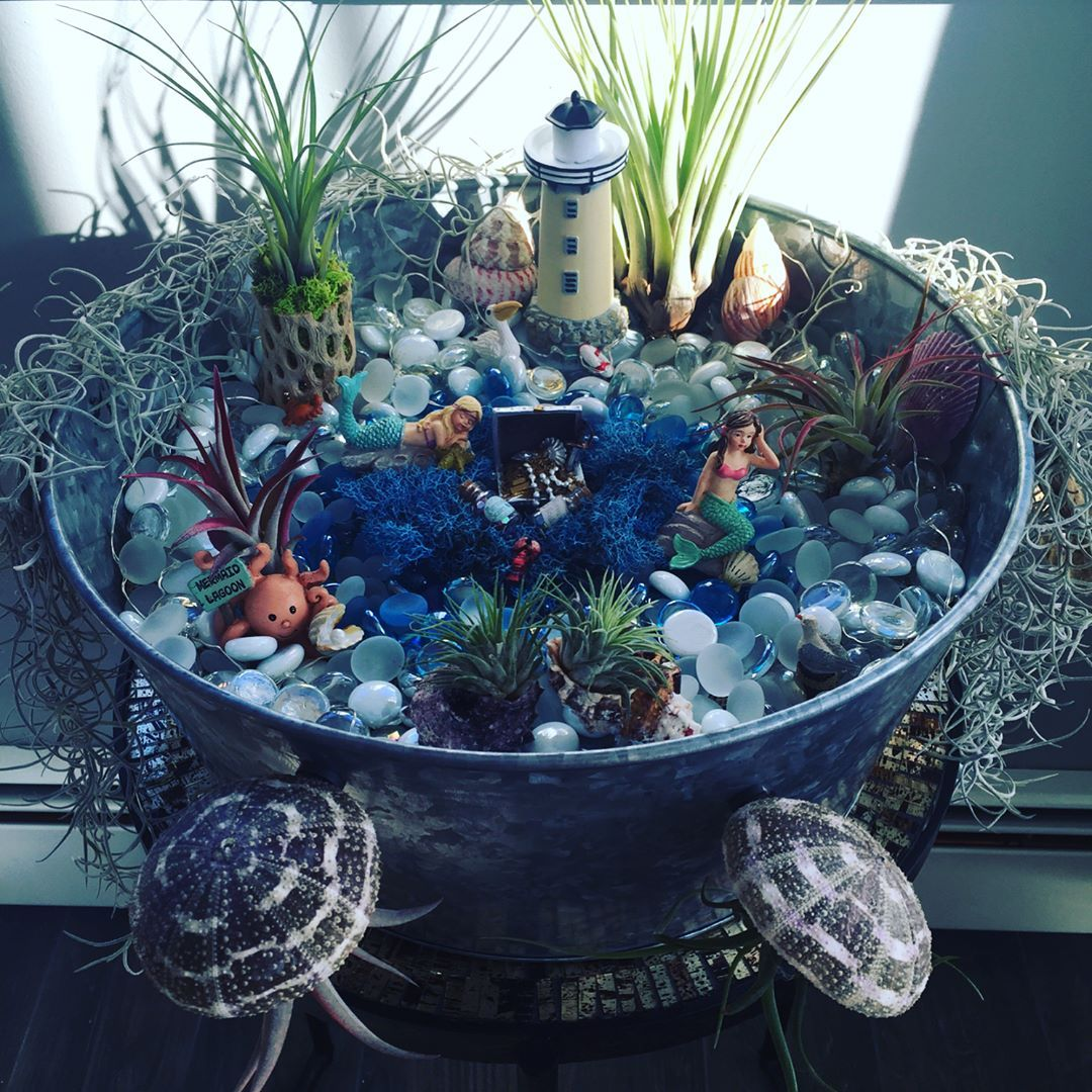 11 Enchanting Diy Mermaid Gardens That Will Inspire You Miniature Fairy Gardens Diy Garden