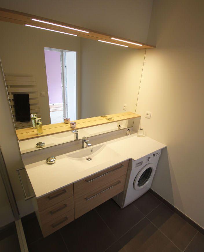 intégrer subtilement sa machine à laver à sa salle de bain, c'est ... - Meuble Salle De Bain Machine A Laver