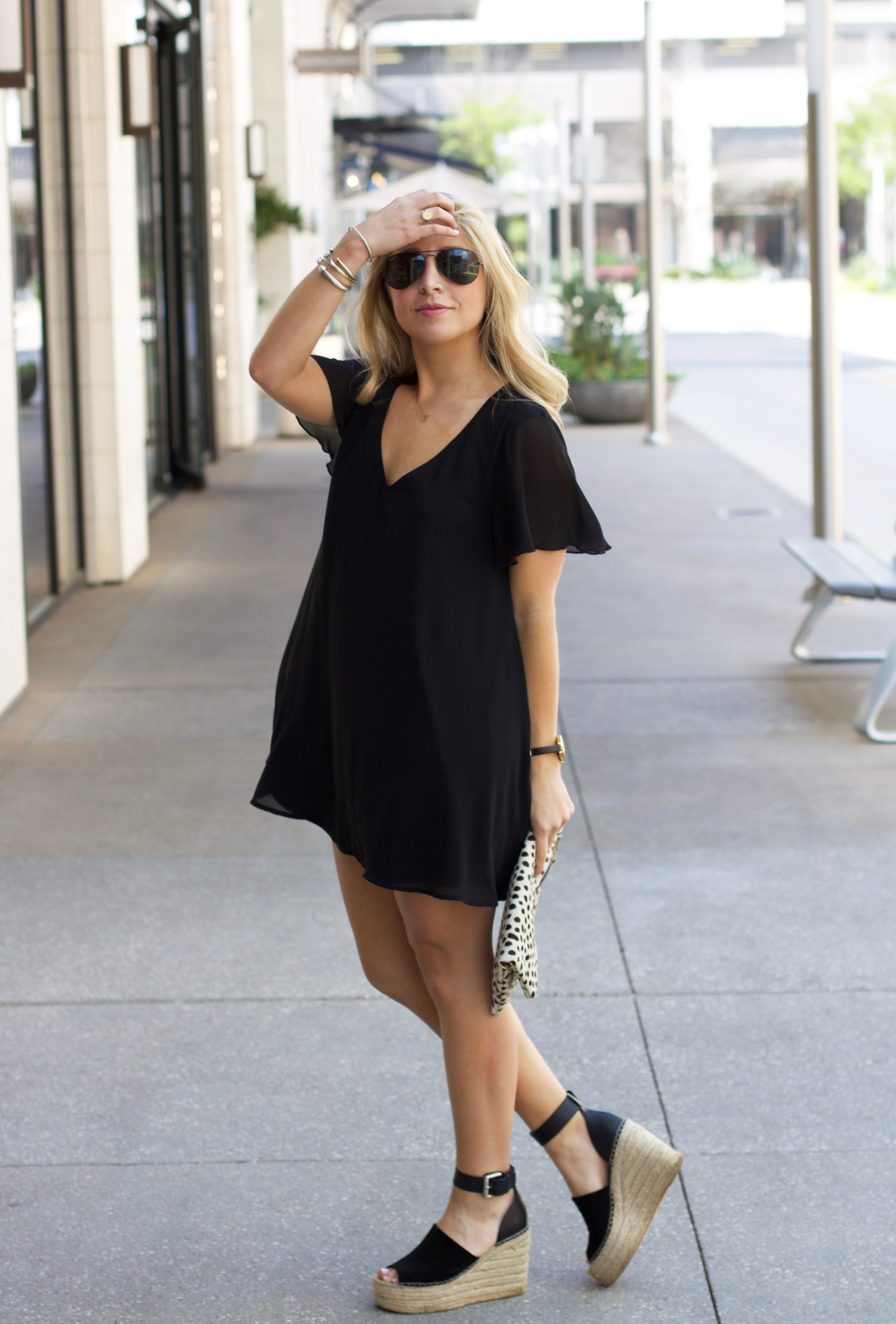 How To Wear Black In The Spring Show Me Your Mumu Www Lifetolauren Com Black Wedges Outfit Summer Black Dress Wedges Outfit [ 5606 x 3794 Pixel ]