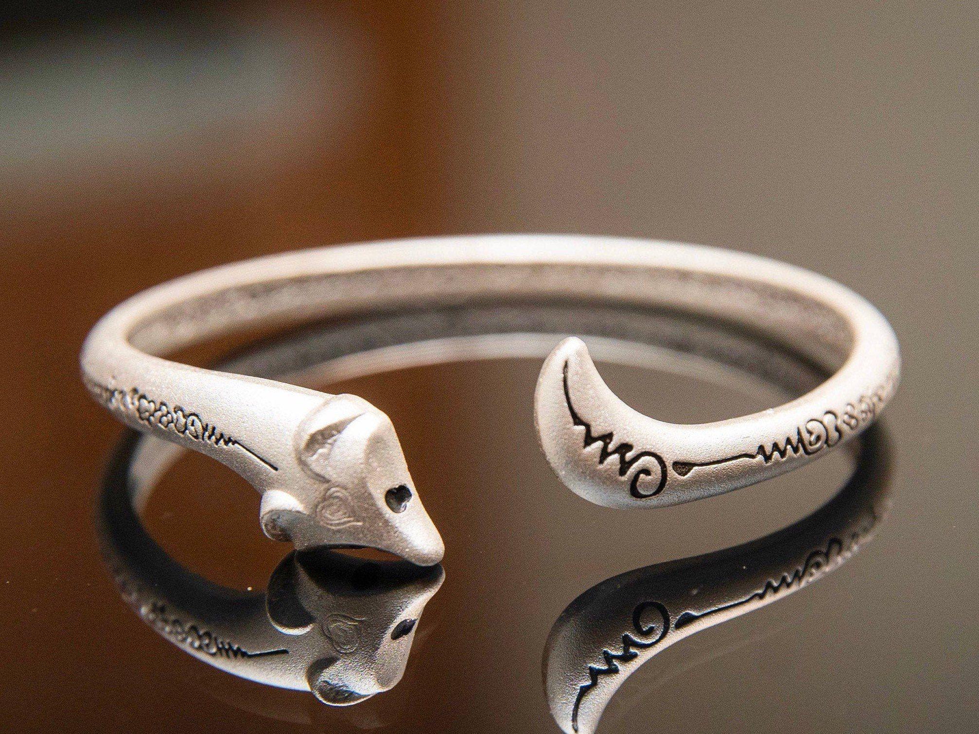 Geometric fox pattern cuff bracelet