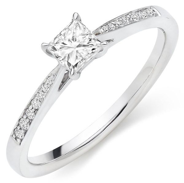 18ct White Gold Princess Diamond Ring