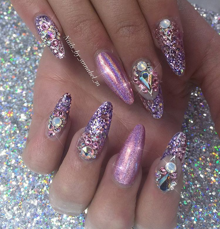 "✨Annabel Maginnis✨ on Instagram: ""Sarah\'s Ireland nails #nails ..."