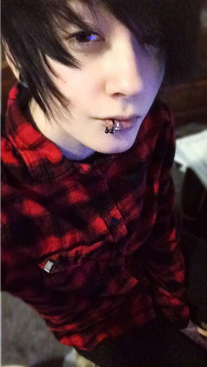 Mooooo caz fhey pinterest emo emo boys and hot emo boys