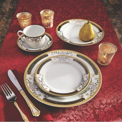 40 pc black n gold dinnerware set with a leaf and scrolling design! PERFECT $170 & 40 pc black n gold dinnerware set with a leaf and scrolling design ...